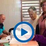 En Marea impugna una mesa electoral con este vídeo de una anciana votando https://t.co/hv0WgxPSqE https://t.co/FuMb6za5N7