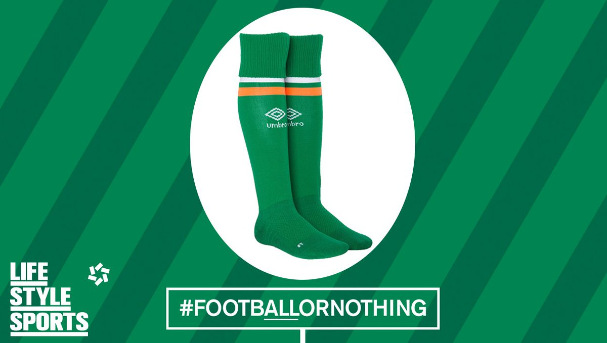 A goal from France brings it level. We need to pull up our socks to get ahead again, RT to win a pair! #COYBIG https://t.co/IjG44UsUvd
