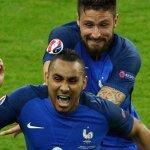Giroud toute sa vie il a la haine contre le buteur 😂😂😂😂 #FRAIRL #Fra https://t.co/BddenaHomM