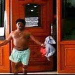 @gvprakash டிவிட்டர விட்டு ஓடும் போது கிளுக்கியது ???? BALL LESS VIJAY AND HIS FANS https://t.co/06NW9SMHJy