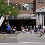 This is how to shoot a free throw at @SpokaneHoopfest #Hoopfest2016 https://t.co/9JQowPQeta