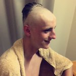 Barber : what you wanting pal              Canmy : geez a leigh griffiths                  Barber : say no more https://t.co/9RS7TWxUFT