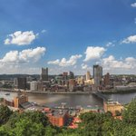 An 18 image panorama of the beautiful day we had yesterday in #Pittsburgh, taken from near the Mon Incline Station https://t.co/biyxlMnYjT