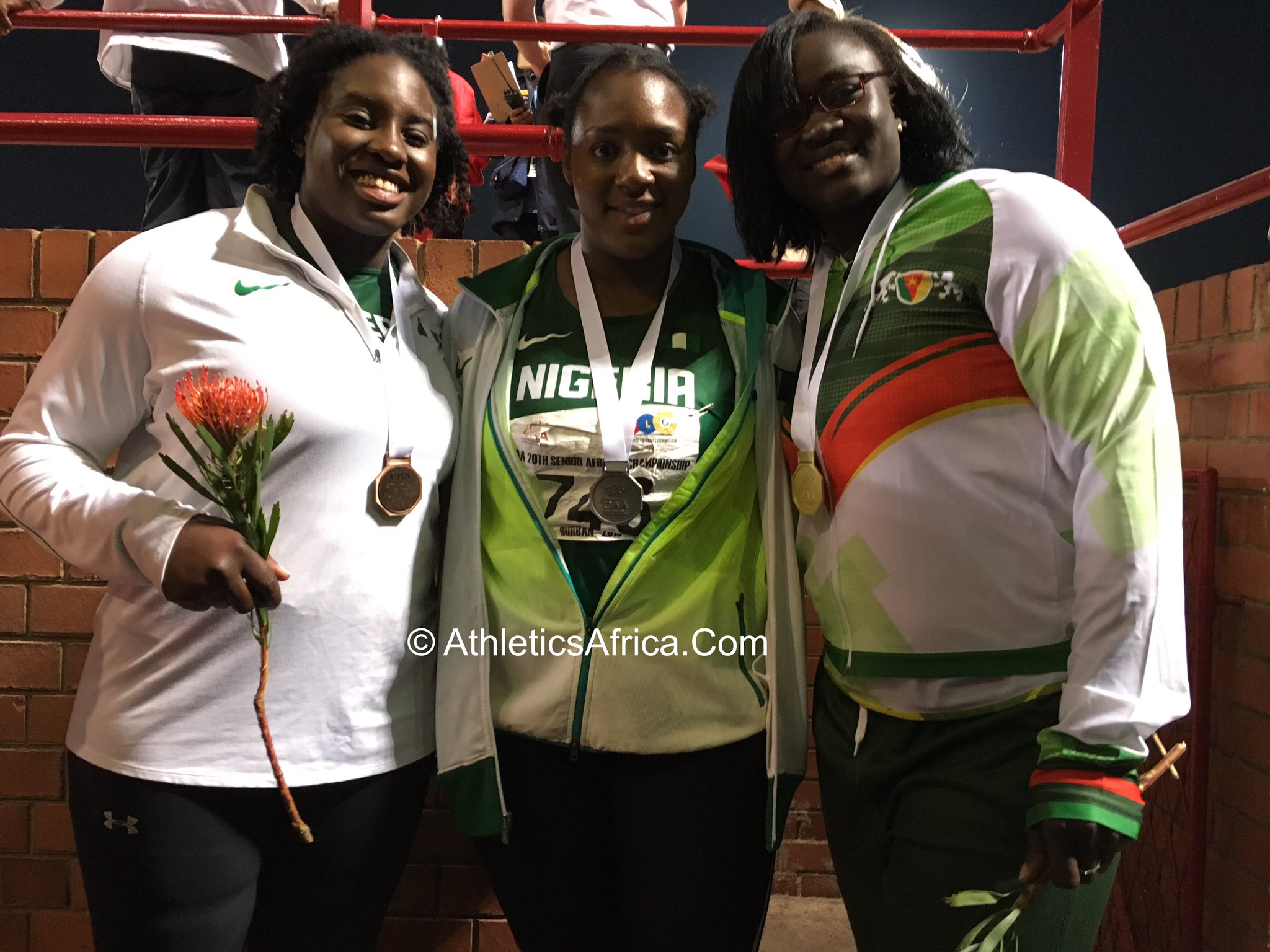 📸 The medallists Women's Shot Put: Auriol Sally Dongmo 🇨🇲, Nwanneka Okwelogu & Chioma Onyekwere 🇳🇬 #AfricanChamps https://t.co/Efs8S9GNJZ