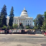 """""""Counter protestors"""" in place already for a protest at noon put on by alleged """"Nazis"""" coming to the Capitol. @ABC10 https://t.co/yyL11ka1GJ"""