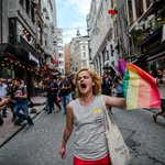 As we celebrate Pride, dont forget the places where LGBT defiance is outlawed. Heres Istanbul today (????s Getty): https://t.co/iWvY1ND4Bk