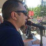 Look! @Wingy2345 handling the announcing duties at @Nike @SpokaneHoopfest Center Court. #Hoopfest2016 https://t.co/fUHNqxtDTR