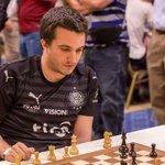 LA FOTO DEL DÍA: El paraguayo Axel Bachmann Campeón de la Copa Browne de Las Vegas (ajedrez) con la franjeada puesta https://t.co/3DhizYMINE