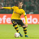 BREAKING: Dortmund have sent an official to Manchester. Mkhitaryan to United is nearly done. #MUFC (@honigstein) https://t.co/ttglFJfRPl