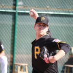 Official: #Pirates have selected the contract of RHP Chad Kuhl from Indy and he will start tonights game at PNC. https://t.co/mqPl1aehni
