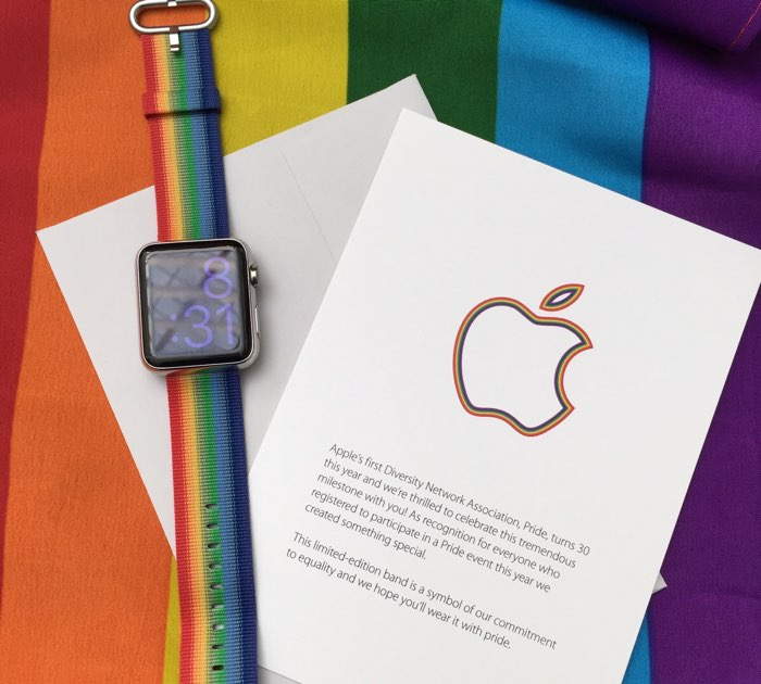Apple's Pride Watch band is sweet. Subtle throwback to the retro logo too. https://t.co/b6IkC11co7