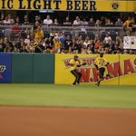 YO! Great catch, @Starlingmart! Were on to the bot of the 4th, up 2. #LETSGOBUCS #FamaleeForever https://t.co/q4I67GkE83