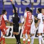 Heber Lopes, Gerardo Bedoya y una tarjeta roja. No existe mejor trio en la historia del fútbol 😉 https://t.co/Vnddwezmll