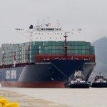 Se aproxima el buque Cosco Shipping Panamá a la esclusa de Cocolí. #MásCanalMásPanamá https://t.co/TTdC0EUQyx Vía @PresidenciaPma