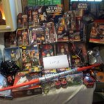 Large collection of Star Wars collectables. In auction 28th June #worthing #shoreham #brighton #hove #starwars https://t.co/hQz4F9h1hr