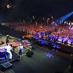#ColdplayGlastonbury #MichaelEavisGlastonbury https://t.co/xf2D6YgDSs