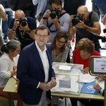 Mariano Rajoy tras victoria en España: Partido Popular merece respeto https://t.co/4ENCwO1m1T https://t.co/v4kkVpXY8W