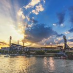 Yesterdays #Pittsburgh sunset was incredible as it provided a perfect backdrop to PNC Park from the Gateway Clipper https://t.co/WL46IJWEDS