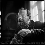 R.I.P. Michael Herr, author of #FullMetalJacket. At the Pinewood Pub, @PinewoodStudios, #London. Late Summer, 1985. https://t.co/q0rfjGoJix