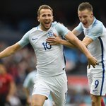 Roy will pick Kane - I would go for Vardy Danny Murphy thinks England will beat Iceland: https://t.co/JUfysXqWR0 https://t.co/51MltY4AEC