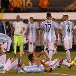 Explotó la selección: Agüero, Mascherano e Higuaín podrían seguir los pasos de Messi https://t.co/ZLOyJg1SYY https://t.co/yaxSJTKREq