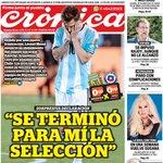 Hoy, en #Crónica: Messi, abatido por una nueva final perdida, renunció a la Selección #ChileNosDejóSinCopaYSinPulga https://t.co/uX8xTDnoCS