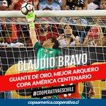 . @LaRoja ganó los mayores galardones de la Copa América Centenario #CooperativaesChile https://t.co/x7mOgD4HHZ https://t.co/e3jENNvB9H