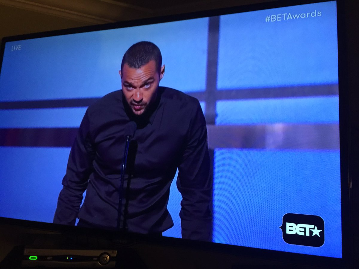 In case you weren't educated on the realness of black in America, rewind b/c that was the realist speech ever! @BET https://t.co/IwoXZ9UesZ