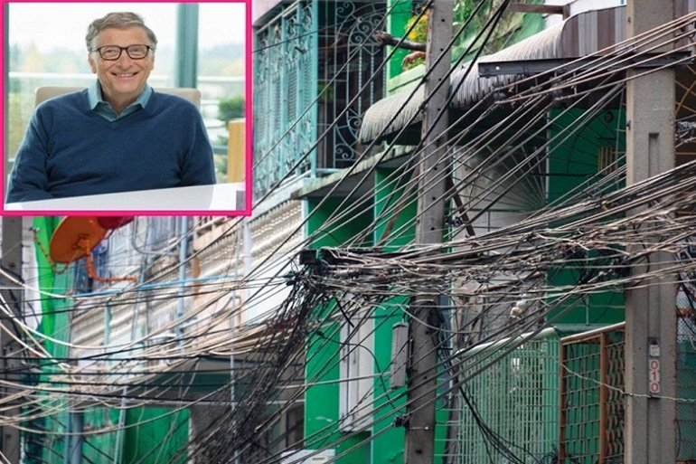 Bill Gates on Thailand's hanging internet and hanging wires https://t.co/cC4GLJsGzH https://t.co/z8XDc8cbVk