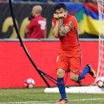 🎉 ¡@CharlesAranguiz es Campeón de la #CopaAmerica! 🏆  @LaRoja derrotó 4-2 a @Argentina en penales. 🇨🇱  #SomosBayer04 https://t.co/pjht9Yw8NK