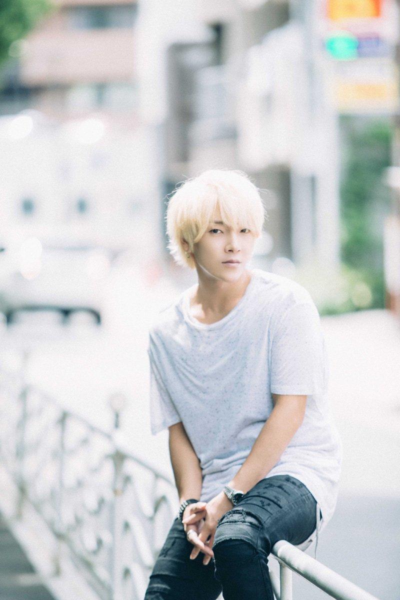 【INTERVIEW】愛を歌うニューアルバムは「僕のリアル」ユナク from 超新星|TOKYO HEADLINE  https://t.co/iAEghcrvQp https://t.co/LvJ4Cc6jGI
