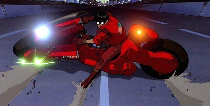 #最低限観た方がいいアニメ紹介 AKIRA  最初の感想は、「すげぇ!」じゃなくて、「えっ、よく見るこの赤いバイクの人がアキラ君じゃないの?」だと思う。 https://t.co/2jPZsHpLE9