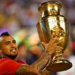 """""""#Chile se ha ganado su lugar en la historia"""" @kingarturo23 de @LaRoja https://t.co/iZONqm3vou https://t.co/STIQtp8pxJ"""