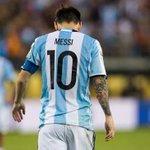 Lionel Messi a annonce sa retraite intdrnationale après la défaite de lArgentine en finale de Copa America ! https://t.co/Cfn3lFfyis