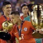 Le Chili a remporté cette nuit aux tirs au but la Copa America 2016 ! https://t.co/Jj9WHWjHr3