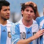 ¡Se acabó! Agüero, Mascherano y Messi han anunciado su retiro de la Selección Albiceleste. ¡Un país entero colapsa! https://t.co/SIv1tpaM1G