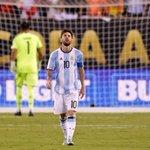 BREAKING NEWS: Soccer superstar Lionel Messi says hes quitting Argentinas national team https://t.co/APv1OG2fH7 https://t.co/Z93xiMg1LA