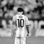 Lionel Messi retires from international football. ???????? https://t.co/sOpXfF6ejT