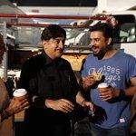 On the sets of #Sabaashnaidu with the man himself Kamal Haasan. Hilarious times @manu_narayan @ikamalhaasan https://t.co/W0KJZSprJC