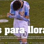 Gracias cabros por hacernos soñar despiertos. #Copa100 #ChileBiCampeón @C1audioBravo @kingarturo23 @CharlesAranguiz https://t.co/ZxCK05B7Ji
