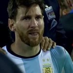 BREAKING: Lionel Messi retires from international football, after losing his 4th final with Argentina. https://t.co/6CvLXlDSsc