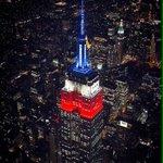 Empire State iluminado con los colores de #ChileCampeonDeAmerica ????????????????❤️???????????????????????????????? https://t.co/H5bI2yUKDo