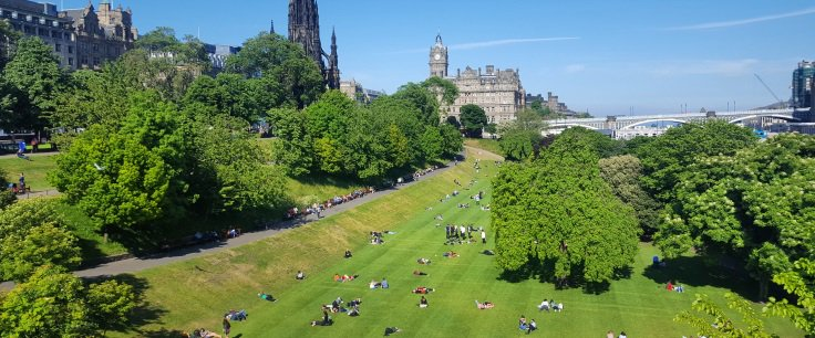 RT @edinburgh: 10 reasons why you should visit Edinburgh this summer >