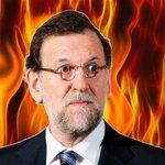 Rajoy gana y pide ser llamado El que no arde, Rompedor de encuestas y Madre de cabrones https://t.co/GvA6F3XSoL https://t.co/orgf7x9pIL