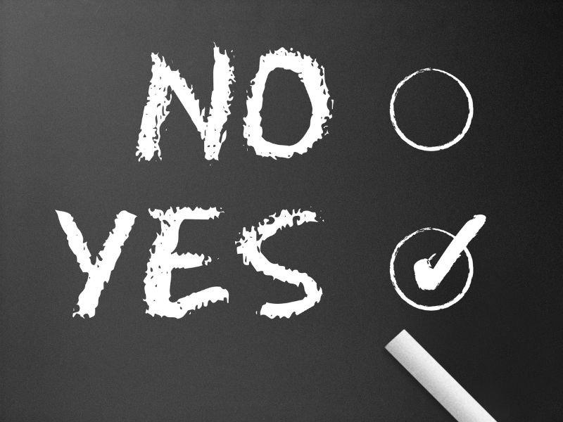 """#FelizMiércoles """"Yo no soy un producto de mis circunstancias. Soy un producto de mis decisiones."""" Stephen Covey. https://t.co/jrUGFceQA5"""