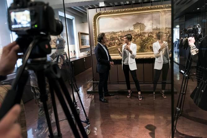 """<a href=""""https://twitter.com/bernstephane"""" target=""""_blank"""">@bernstephane</a> était ajd au musée pour l'exposition """"L'Épopée des uniformes militaires français"""" qui aura lieu à Lyon https://t.co/hF8KG2Ss44"""