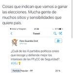 """Monedero HOY hablando del """"infantilismo"""" de los q en Podemos se han creído las encuestas. Monedero hace una semana: https://t.co/HVZXF7P1sd"""