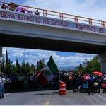 #ESTADOS CNTE continuará bloqueos en Oaxaca para dar cobertura a encuentro con Segob https://t.co/7YIwnCS8Zt https://t.co/go53ptxdno