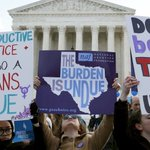 BREAKING: #SCOTUS strikes down Texas abortion law 5-3, breathing new life into Roe v Wade https://t.co/gzMiPctZX3 https://t.co/NoB7RBaGi9