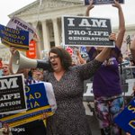 Supreme court strikes down strict Texas abortion law aimed at closing clinics https://t.co/lx3nvvwe0v https://t.co/my08InZQZ9